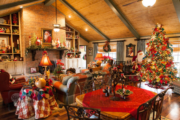 Welcome to Show Me Decorating and Christmas Expert, Kathy's Country French Christmas Home tour