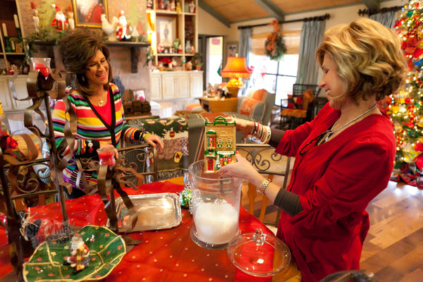 Kathy and Becky share decorating tips! the Christmas Experts of Show Me Decorating