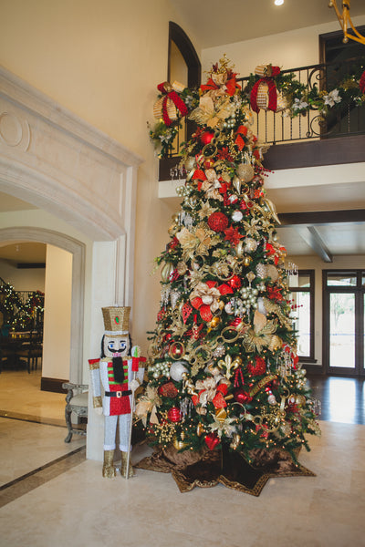 grand entryway christmas tree