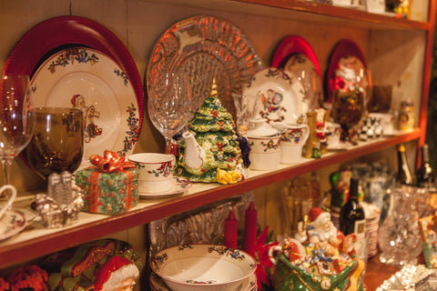 Decorative Christmas Dishes