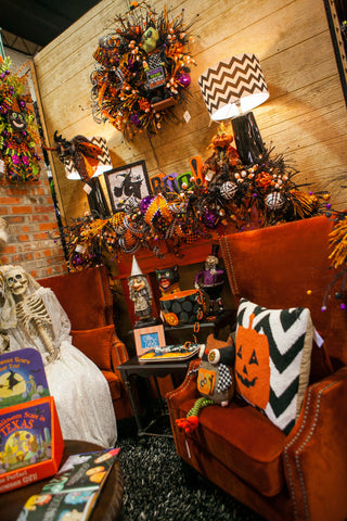 Decorate your fireplace mantel for Halloween!