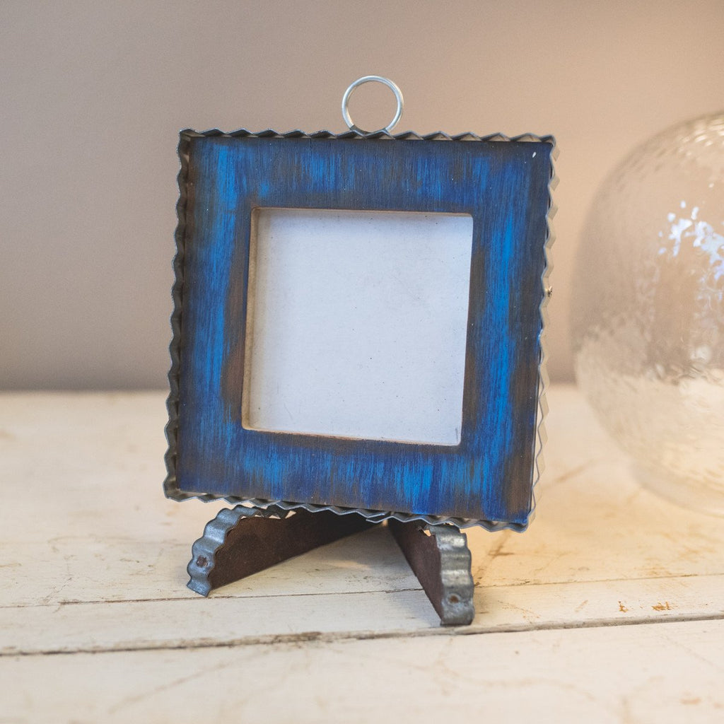 Pie Crust Photo Frame, Blue