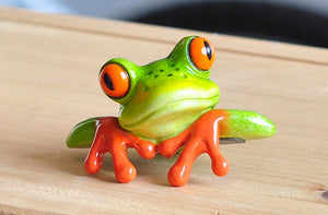 Pair of Frog Figurine Decorations