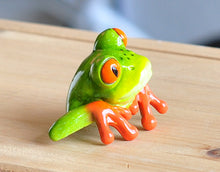 Load image into Gallery viewer, Pair of Frog Figurine Decorations