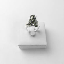 Load image into Gallery viewer, Green Frog Cocktail Ring,Thomas Style In 925 Sterling Silver