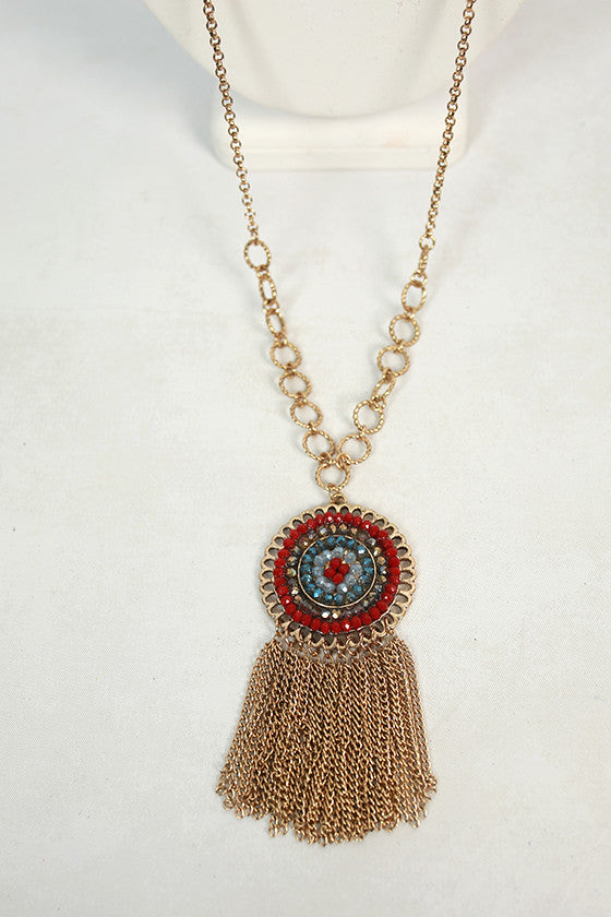 Soak Up The Sun Necklace in Maroon