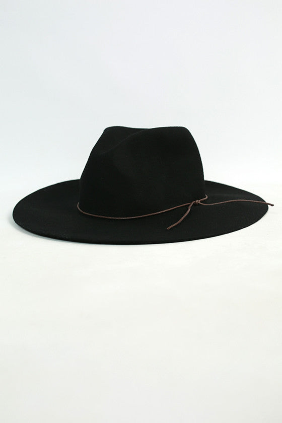 Road Tripping Hat in Black