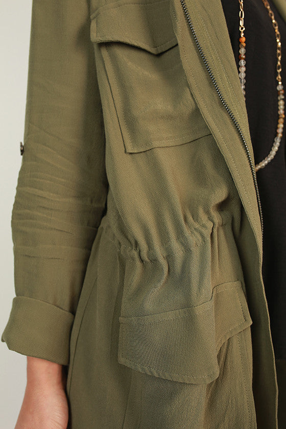 Central Park Stroll Lightweight Jacket in Army Green