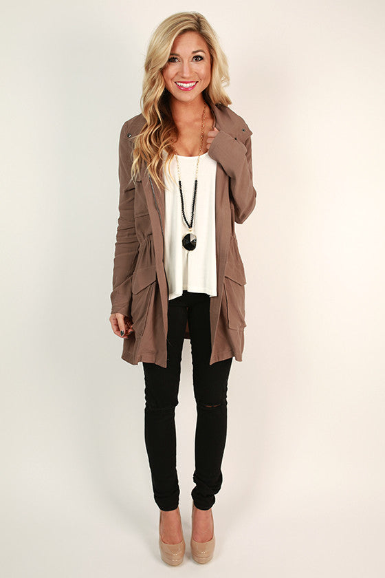 Central Park Stroll Lightweight Jacket in Mocha