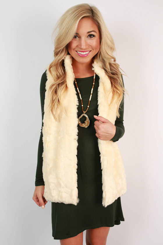 Cream Vests Beige vests Fur coat outfit Faux fur gilet Faux Fur Vests Fur waistcoat Fake Fur Vest jacket River Island Sweater Vests Moda Colors Vest Coat Forward This shaggy cream faux fur vest is your one way ticket to a hot new season look.