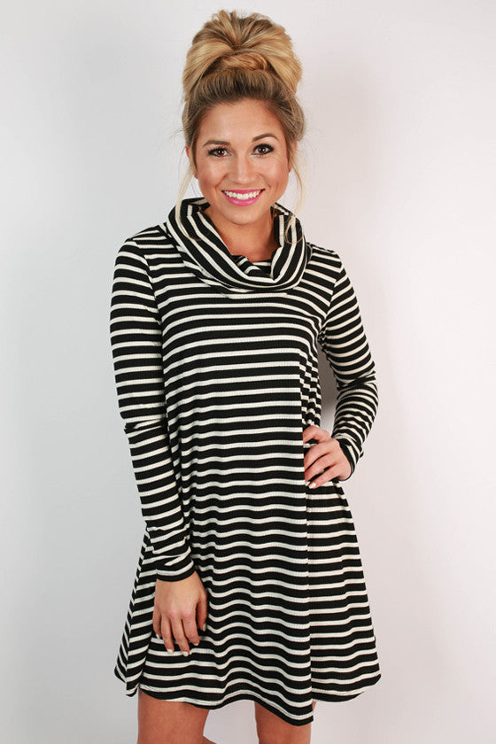 Stripes Infinity Shift Dress in Black