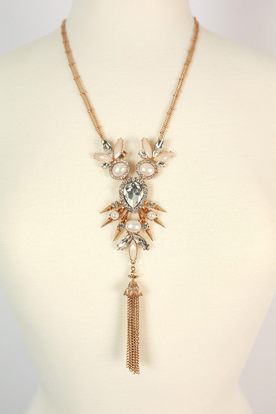 Sparkling Travels Necklace in Ivory