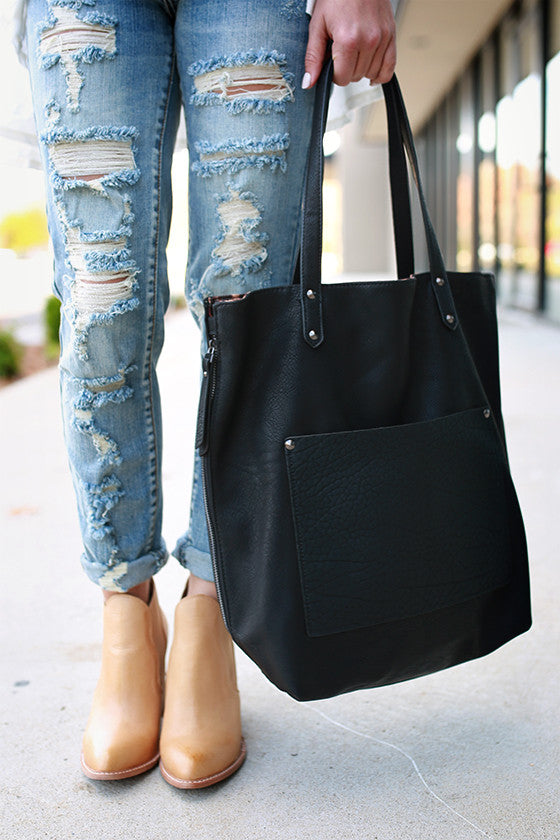 Made For Manhattan Tote Bag in Black