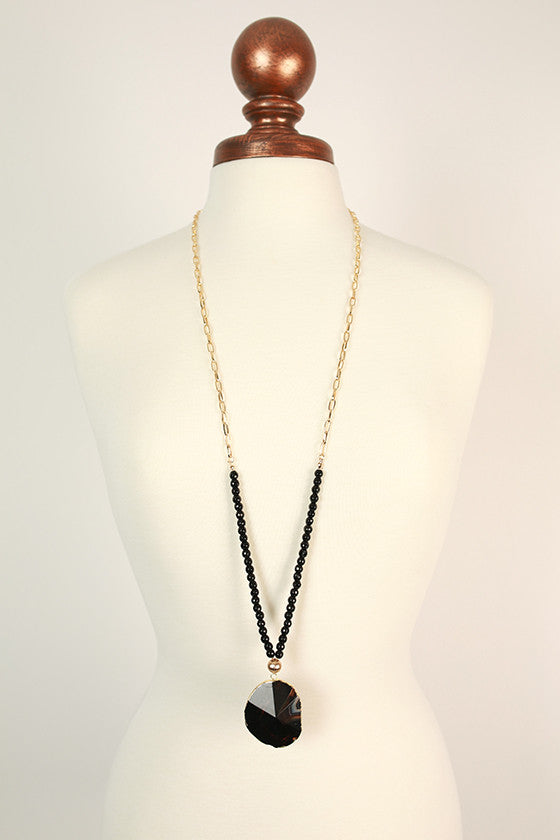 Fashion Obsession Stone Necklace in Black