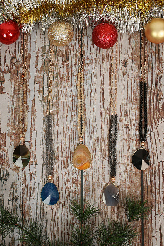 Fashion Obsession Stone Necklace in Champagne