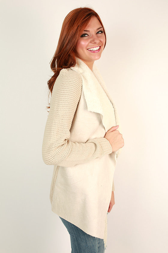 Cabin Cuddles Cardigan in Stone