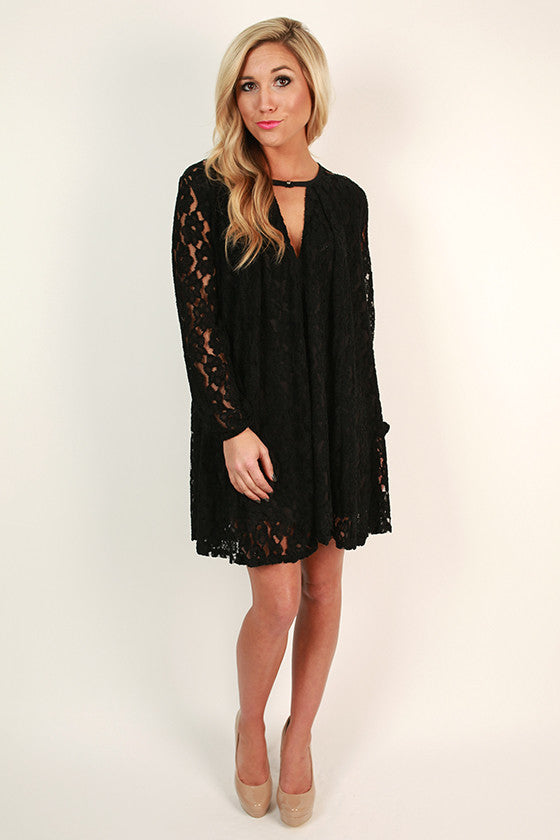 Elegant Hostess Shift Dress in Black