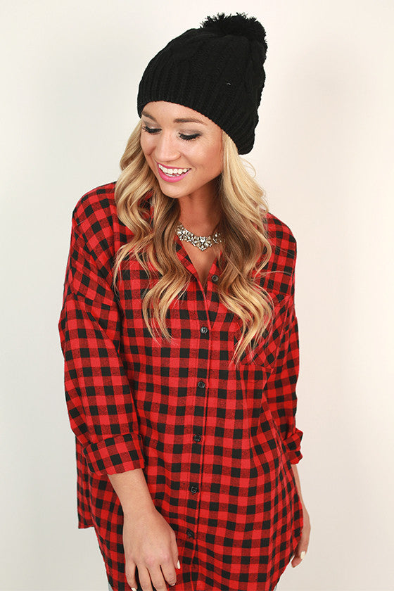Cable Knit Cutie Pom Beanie in Black