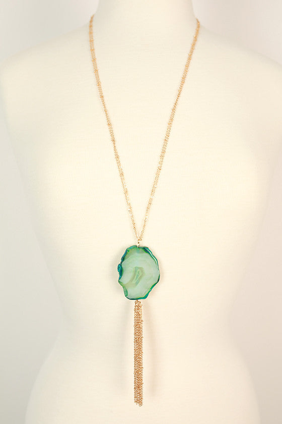 Splendid Saturday Semi Precious Stone Agate Necklace in Teal