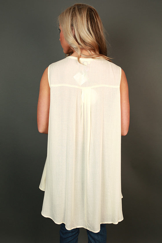 Tea Time Key Hole Shift Tunic in Ivory