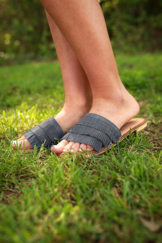 Accelerate Fringe Sandal in Dark Grey