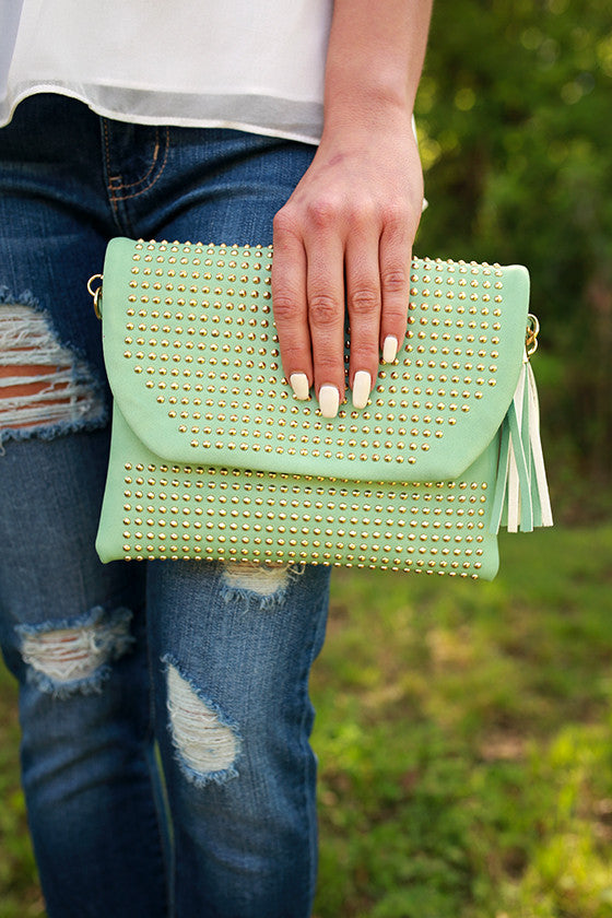 Daily Dreamer Tassel Clutch in Mint