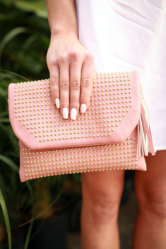 Daily Dreamer Tassel Clutch in Blush