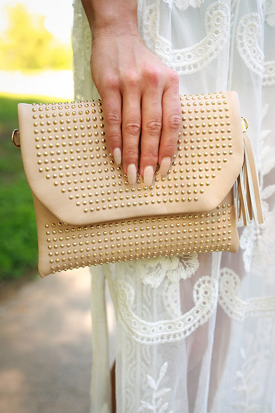 Daily Dreamer Tassel Clutch in Iced Coffee
