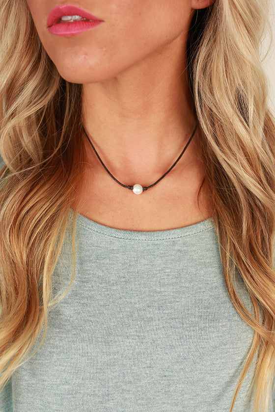 Sunkissed Pearl Necklace