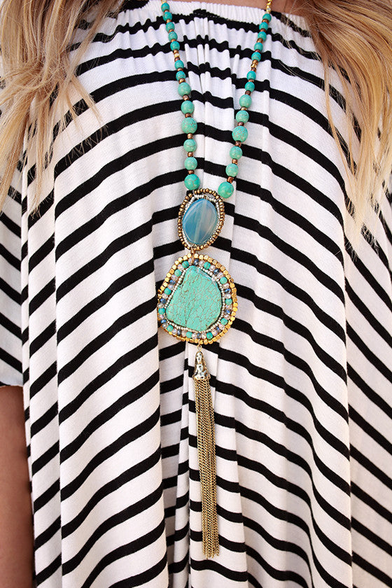 Color Me Pretty Statement Necklace in Turquoise