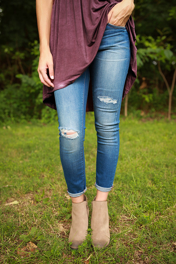 Chelsea Distressed Ankle Skinny