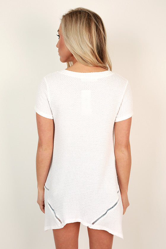 Nice & Easy V-Neck Tee in White
