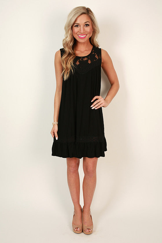 Garden Party Lace Shift Dress in Black