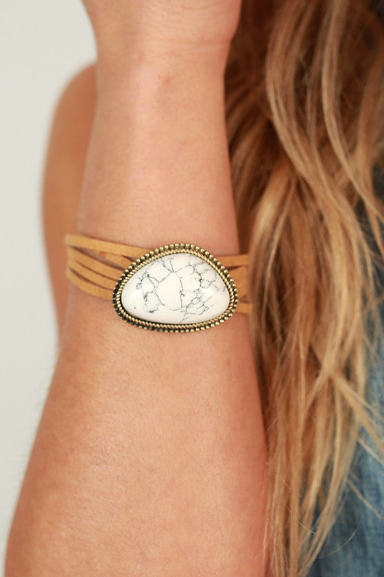 Wanderlust Stone Bracelet in White and Gold