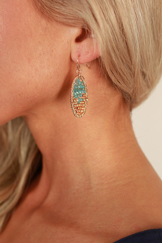 Beauty Queen Earrings in Limpet Shell