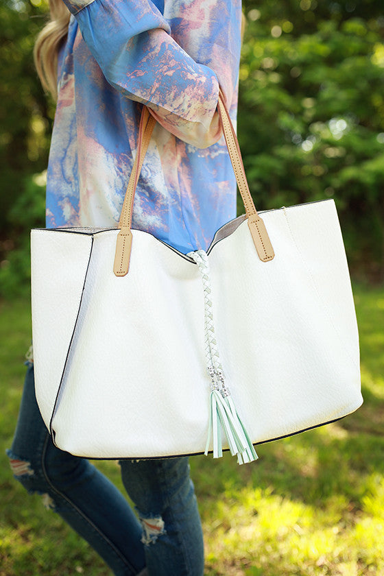 The IT Bag in White