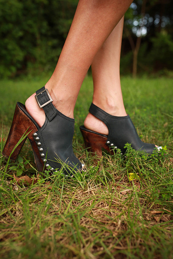 Plush Patra Heel in Black