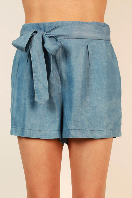 Seaside Stroll Chambray Shorts