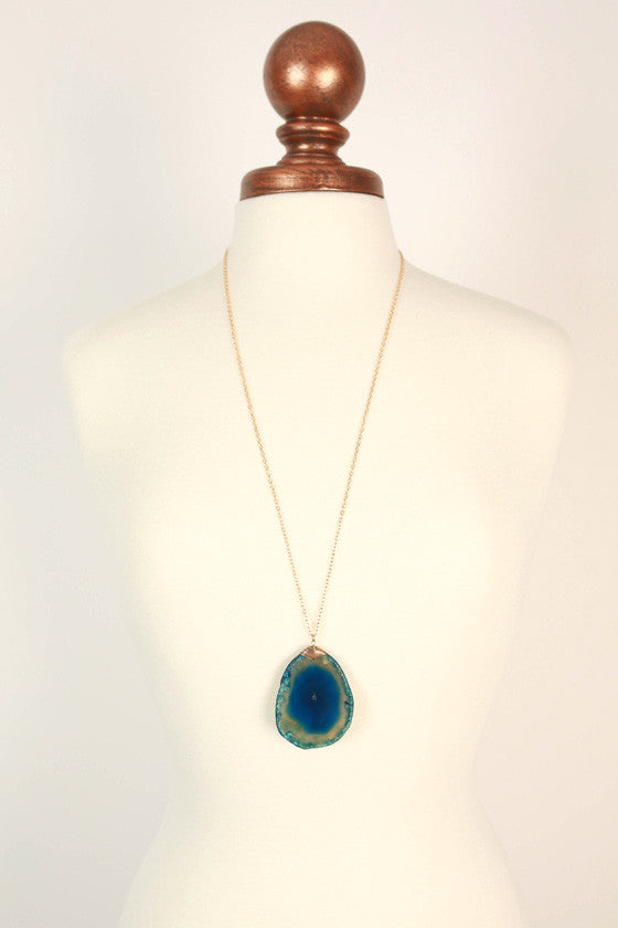 Be Bold Agate Necklace in Blue