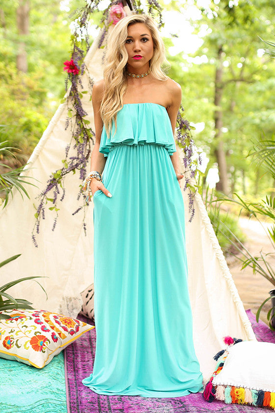 The Grace Ruffle Maxi in Laguna