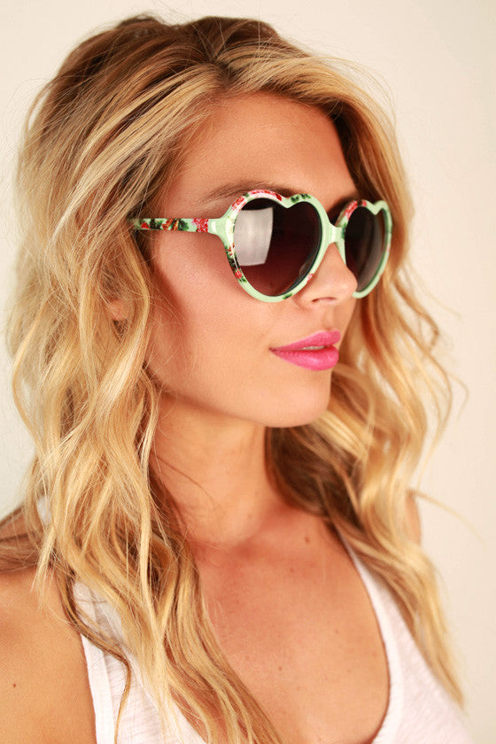 Love Game Sunglasses in Mint