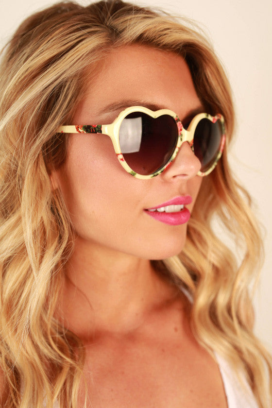 Love Game Sunglasses in Yellow