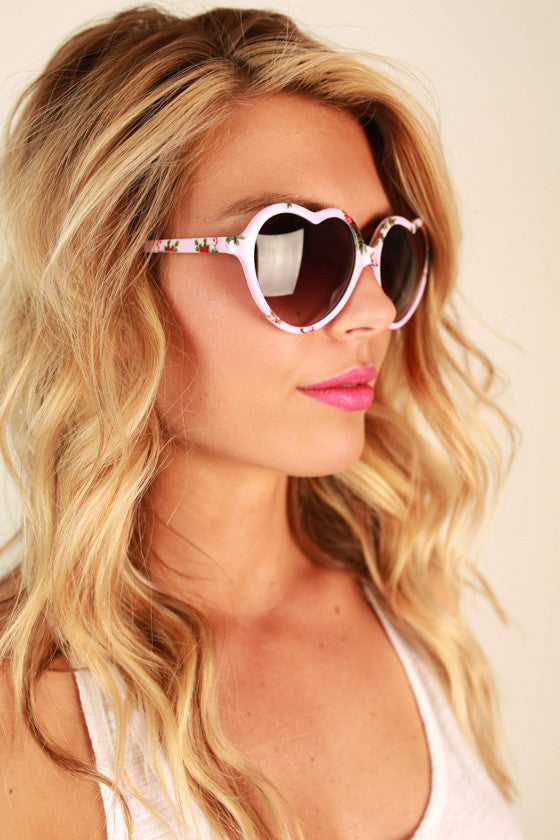 Love Game Sunglasses in Dusty Purple