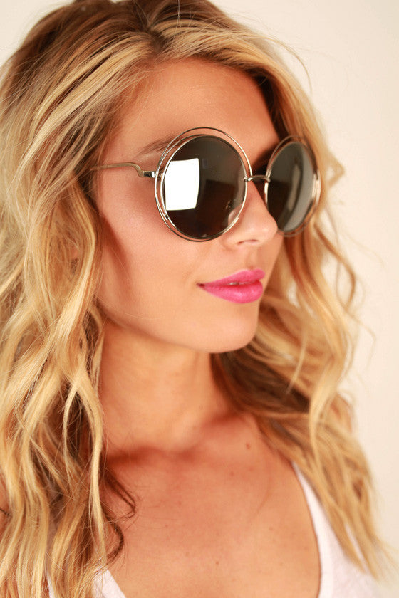 Chic Strolling Sunglasses in Silver