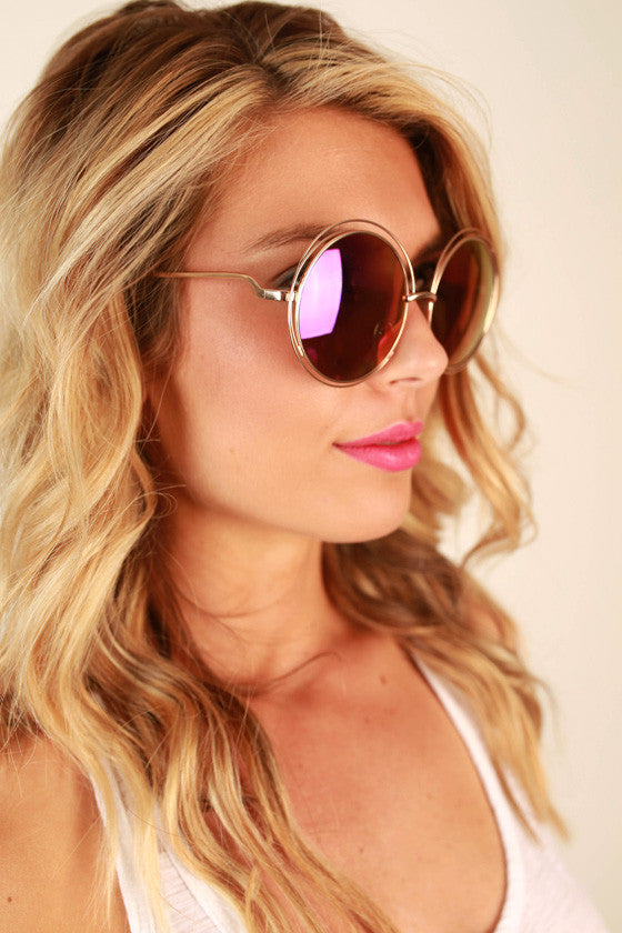 Chic Strolling Sunglasses in Indigo