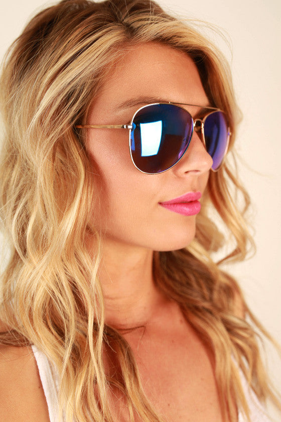 Reflect on it Aviator Sunglasses in Blue