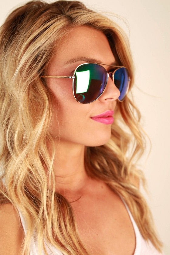 Reflect on it Aviator Sunglasses in Emerald
