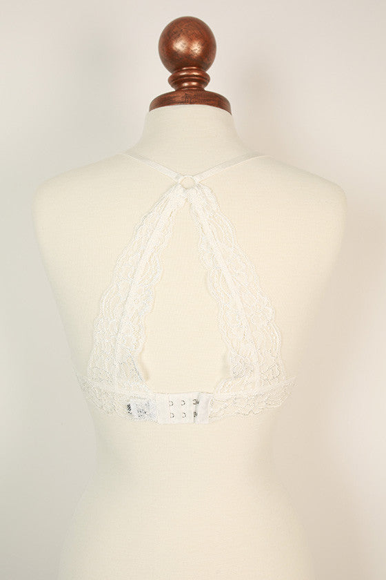 Floral Scallop Lace Bralette in White