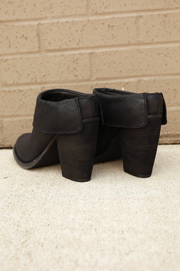 Vitalo Ankle Bootie in Black