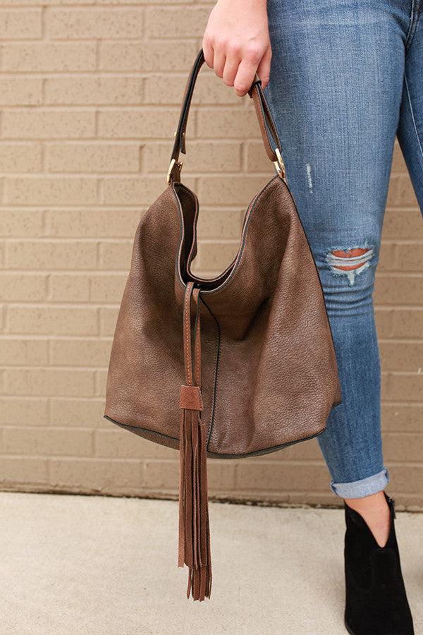 Take It Easy Tassel Tote Bag in Chestnut